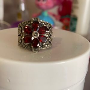 925 silver ring stamped with garnet stones